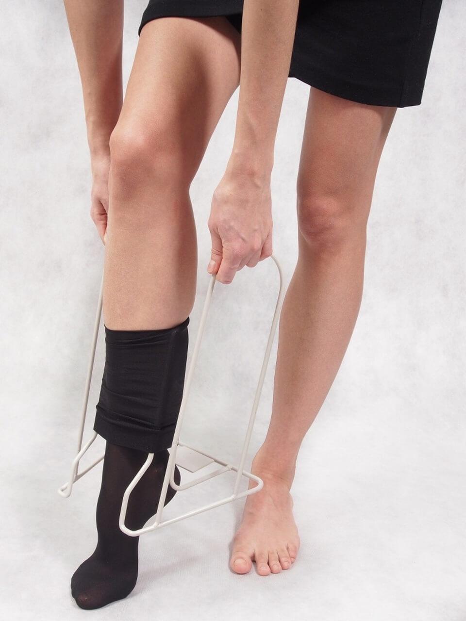 Приспособление для надевания компрессионного белья