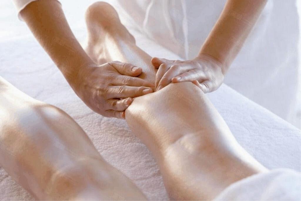 Антицеллюлитный массаж при варикозе вен нижних конечностей