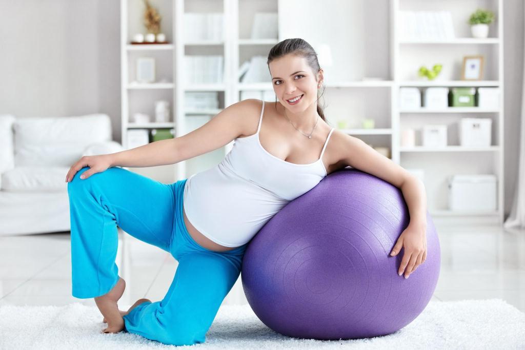 Легкие физические упражнения для беременных