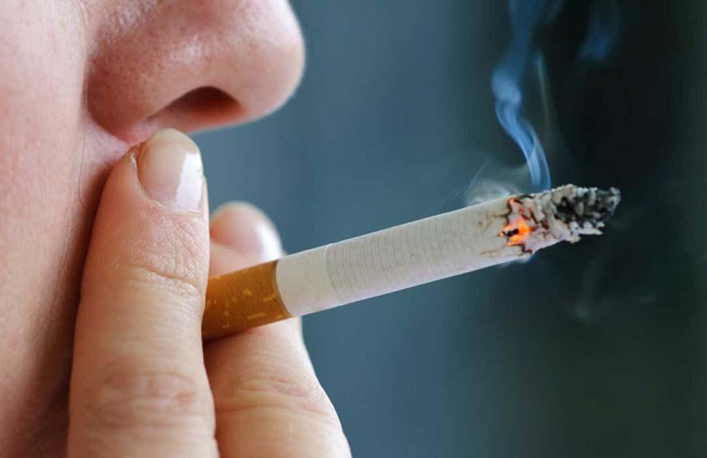 Курение - одна из причин заболеванием атеросклерозом