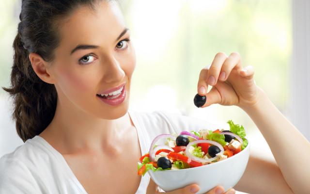 Ускорить способность тканей регенерироваться, а также повысить иммунную систему организма помогут витамины A, C и E