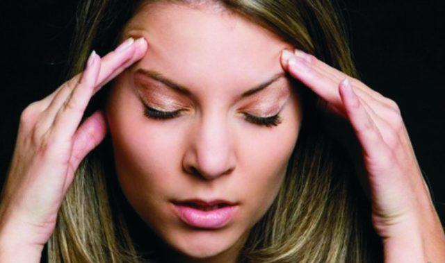 ВСД в таком случае, как правило, провоцирует не болевые ощущения, а потемнение в глазах