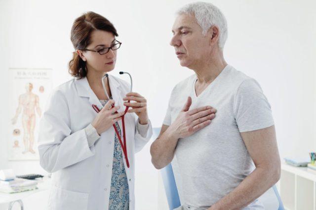 У пациентов с пороками сердца мерцательная аритмия встречается более, чем в 60% всех случаев, а у лиц с ишемической болезнью сердца — почти в 10% случаев