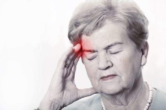 Случается, что при ухудшении самочувствия, пациенты, не измерив давление, принимают повторную дозу препарата от повышенного давления и усугубляют свое состояние