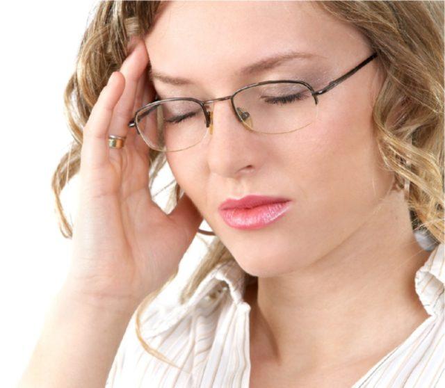 А ведь эти проявления повышенного внутричерепного давления (сокращенно — ВЧД) могут свидетельствовать о тяжелом структурном повреждении вещества мозговой ткани