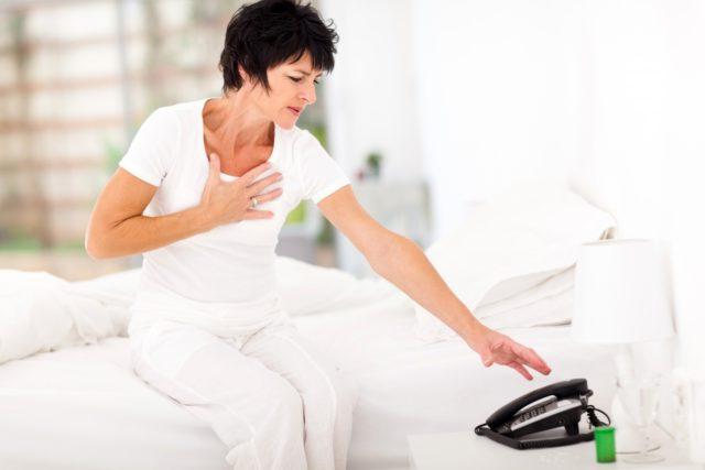 Симптомы инфаркта миокарда достаточно характерны и, как правило, позволяют заподозрить его с высокой долей вероятности еще в прединфарктном периоде развития заболевания