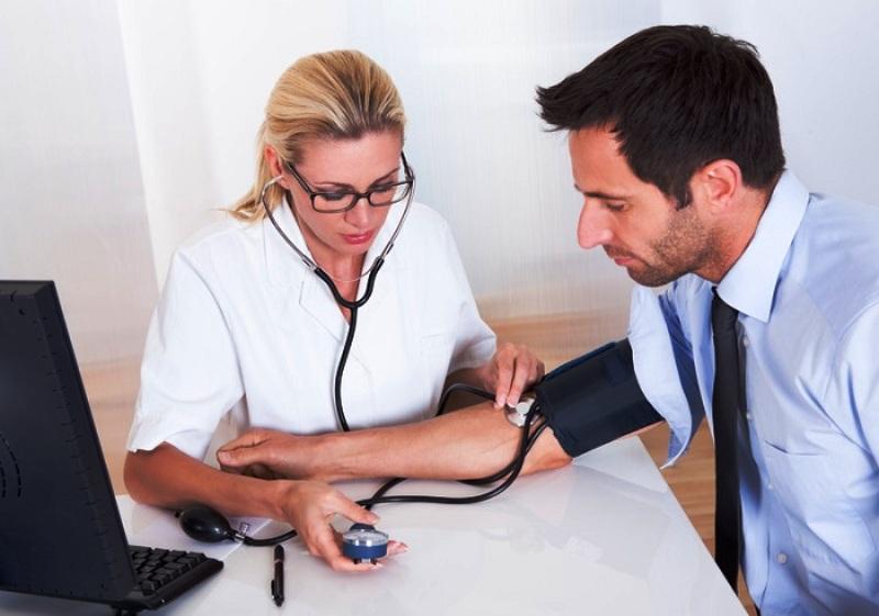 Регулярные консультации с врачом обязательны