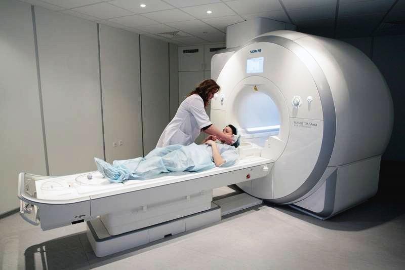 Установка МРТ