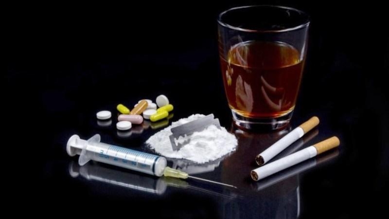 Алкоголь и наркотики