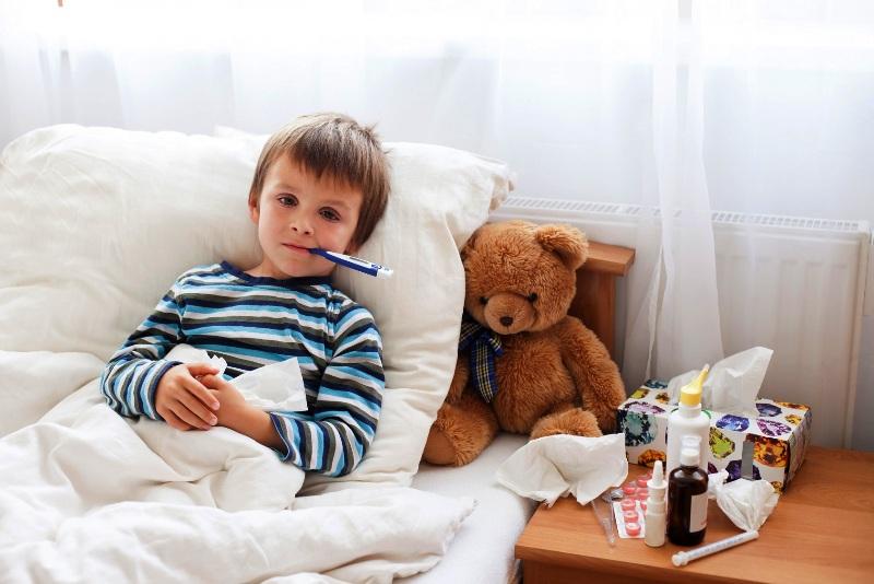 Малыш притворяется больным